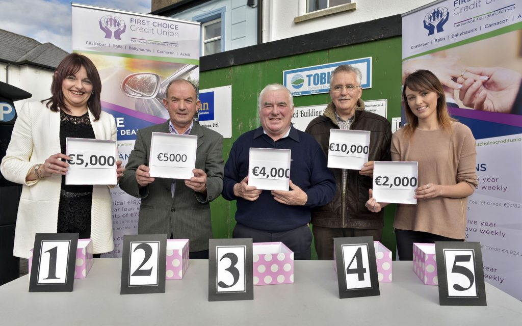 First Choice Credit Union Members Draw winners l-r; Carol Ann McNulty , Achill Island, John Ryan, Ballyheane, Achill Island, Gabriel Rattigan, Castlebar and Aoife Loftus, representing Kevin Corcoran, Ballintubber. Photo © Ken Wright Photography 2016.